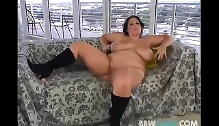 Dirty Talking BBW Brandy Ryder Plays With Her Pussy
