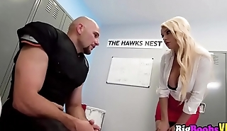 Big stacked blonde Kenzie Taylor coaching a chunky cock
