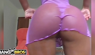 BANGBROS - Do Y'_all Remember Naomi? Check Out The Big Ass On This PAWG... DAYUM!