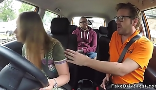 Two driving students fucking in car