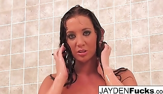 Jayden Jaymes looks good all wet